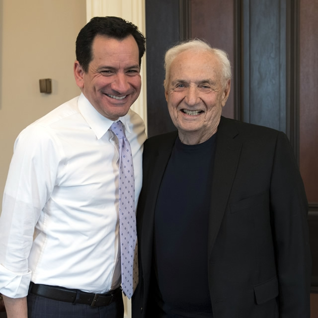Speaker Rendon with Frank Gehry