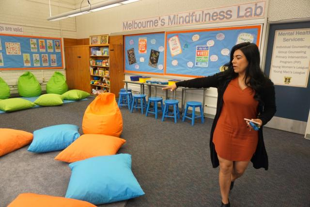 Teacher teaching mindfulness